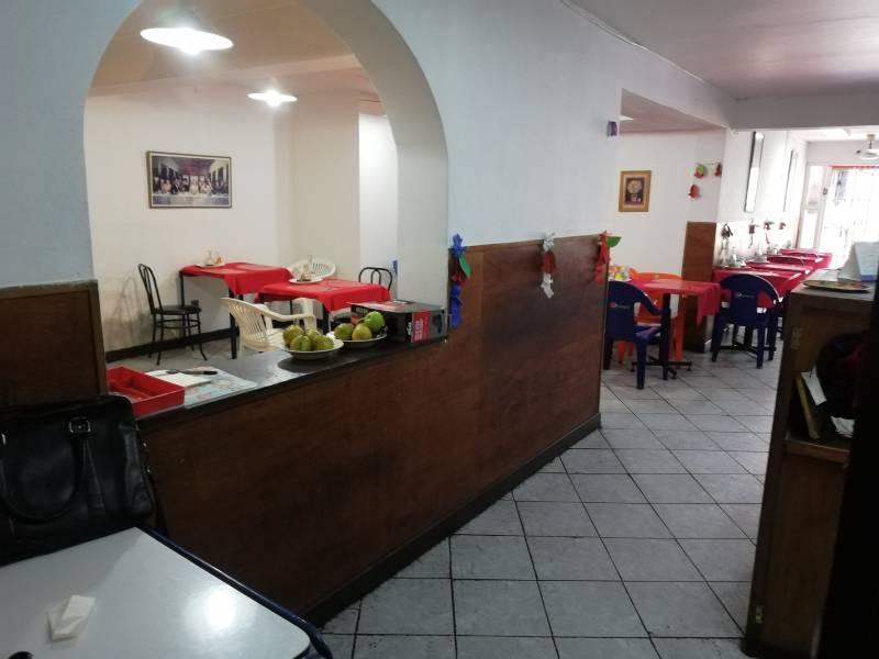 Restaurant comida casera, Los Leones con Gral Holley
