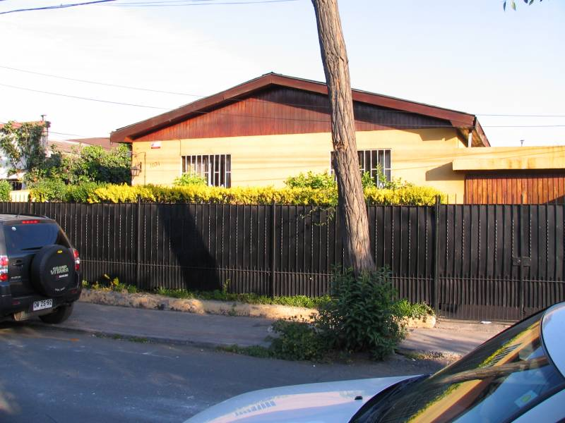 Luminosa casa aislada barrio patrimonial L3  Plaza Chacabuco