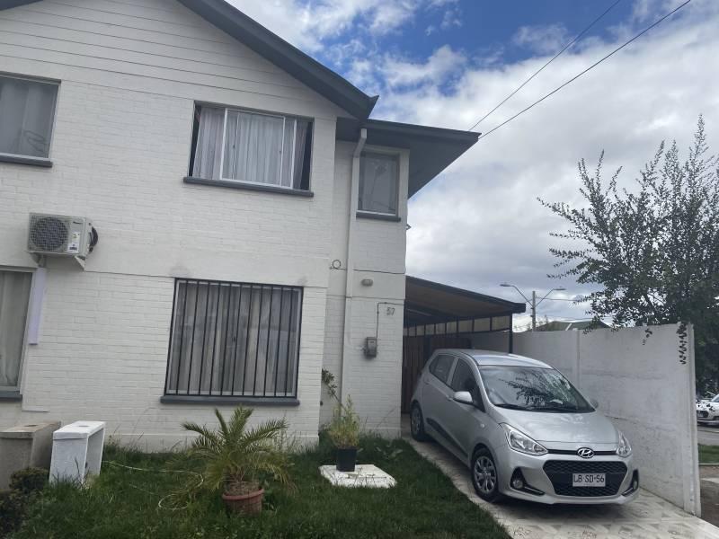 Se Vende! Casa 3D+1B en condominio cerrado en Larapinta