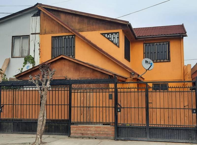 VENDE acogedora casa 4d 2b, Maipu,Villa Los Claveles