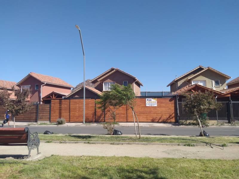 VENDE hermosa casa en Sta.Barbara, Nos San Bernardo