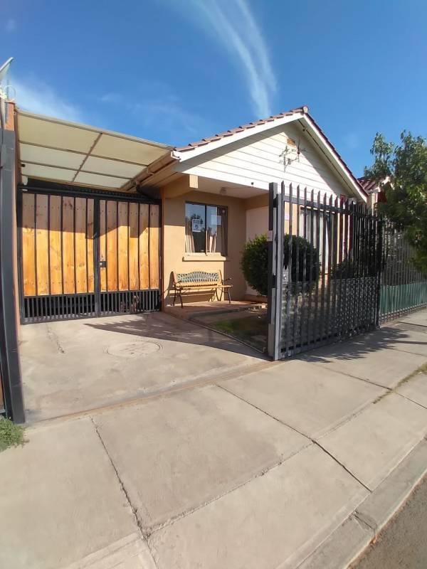 ARRIENDA casa en Alerce Andino Con Av.Miraflores, Peñaflor