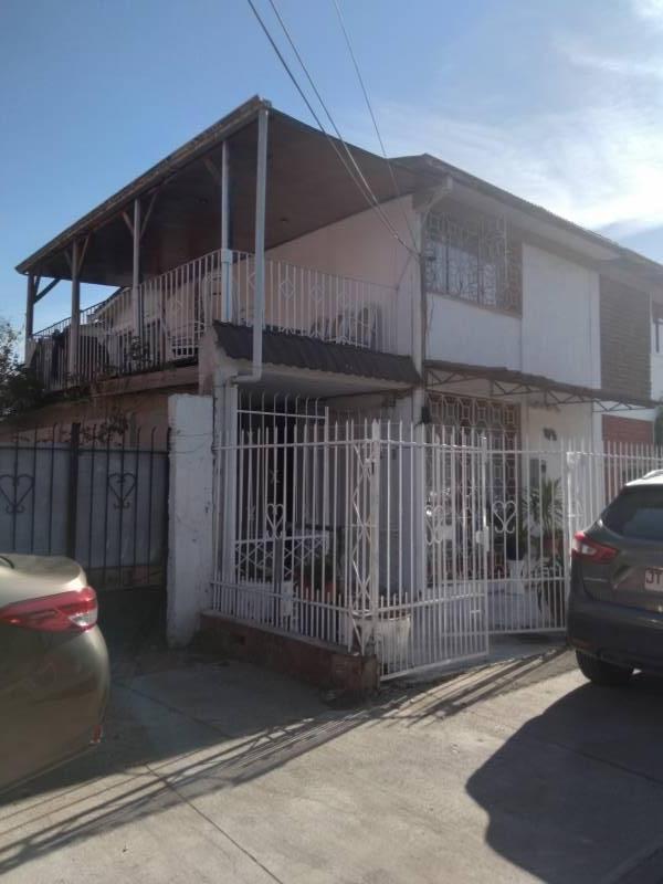 VENDE Casa 6D-2B Quinta Normal
