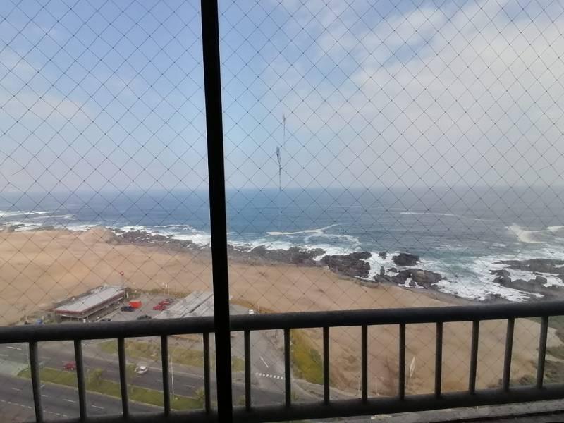 Hermoso y amplio departamento con vista al mar