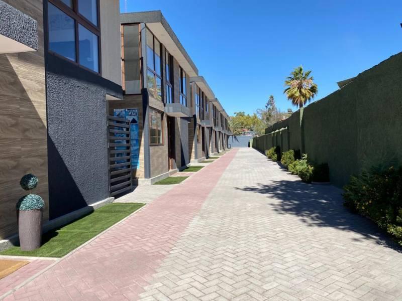 Exclusivo conjunto de Townhouses en San Bernardo