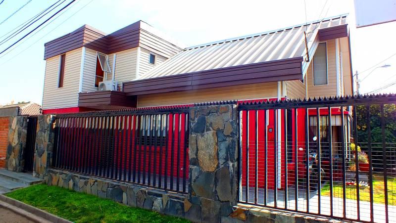 Hermosa Casa Sector Rojas Magallanes Alto - La Florida