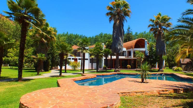 Espectacular Casa estilo Mediterránea  San Vicente de Pirque