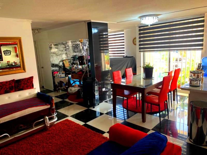 Hermoso departamento remodelado en primer piso, de 64 m2
