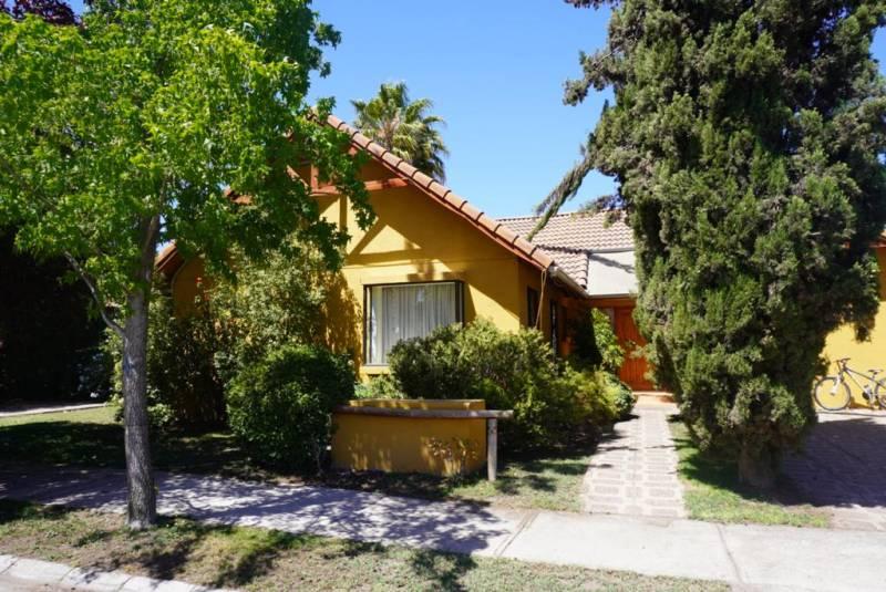 Hermosa y amplia casa en Lo Herrera