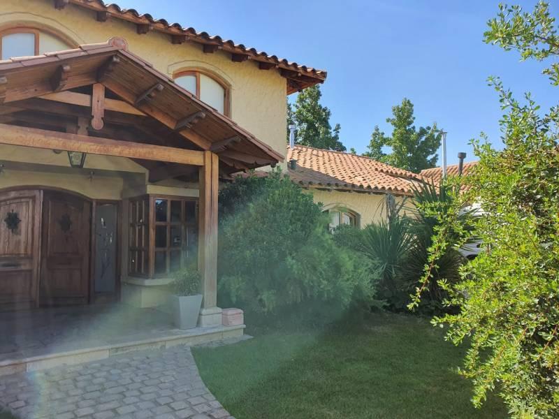 Hermosa casa a la venta en El Polo de Machalí