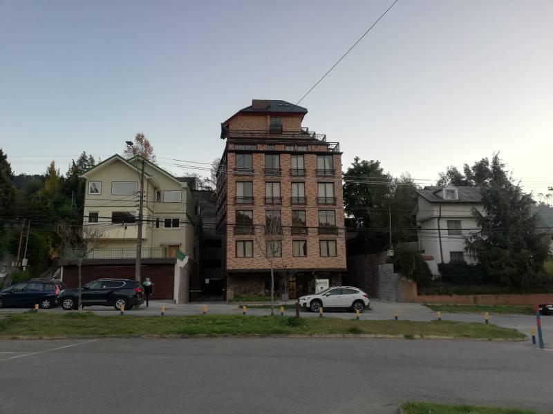 Depto 1D/1B+ Estacionamiento frente a la U. de Concepción
