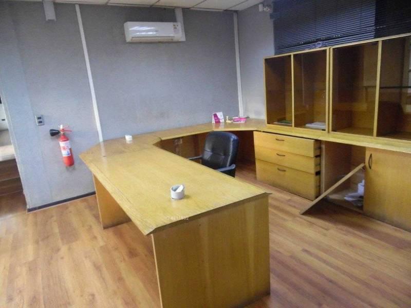 Oficina de 170 m2 en Lonquen Sur Calera de Tango