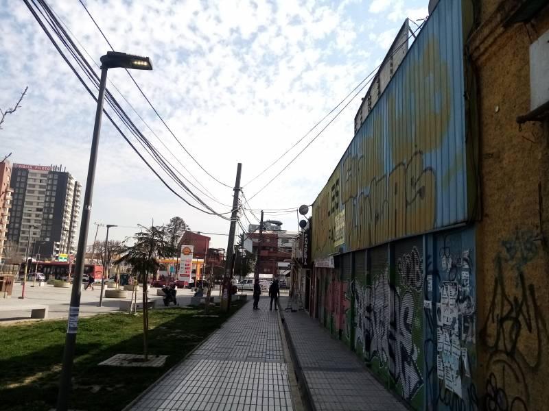 VENDO TERRENO CON 2 LOCALES COMERCIALES 56UF INDEPENDENCIA