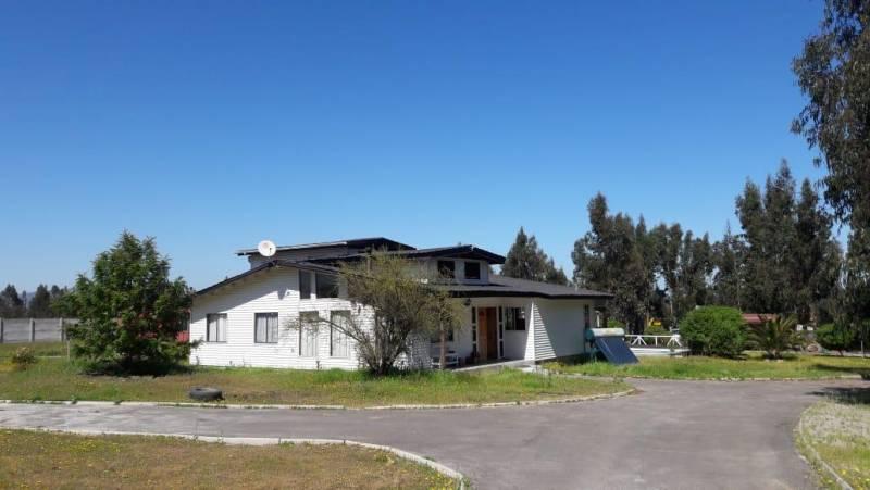 Se vende excelente casa con terreno el Valle Alegre