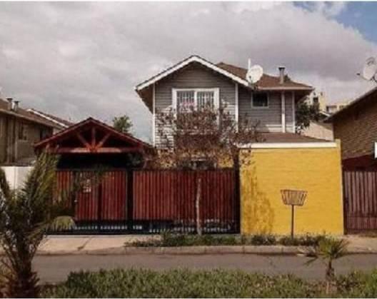 Amplia Casa en San Bernardo