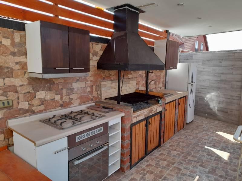 Espectacular Casa Amoblada en Cerrillos