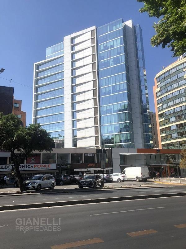 OFICINA 125 M² - 5 PRIVADOS - AV. APOQUINDO - ROSARIO SUR