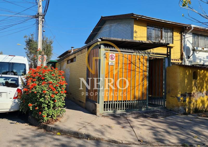 Casa esquina en Maipú