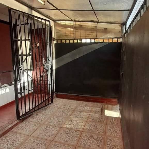 ARRIENDO CASA EN LA FLORIDA - LO CAÑAS