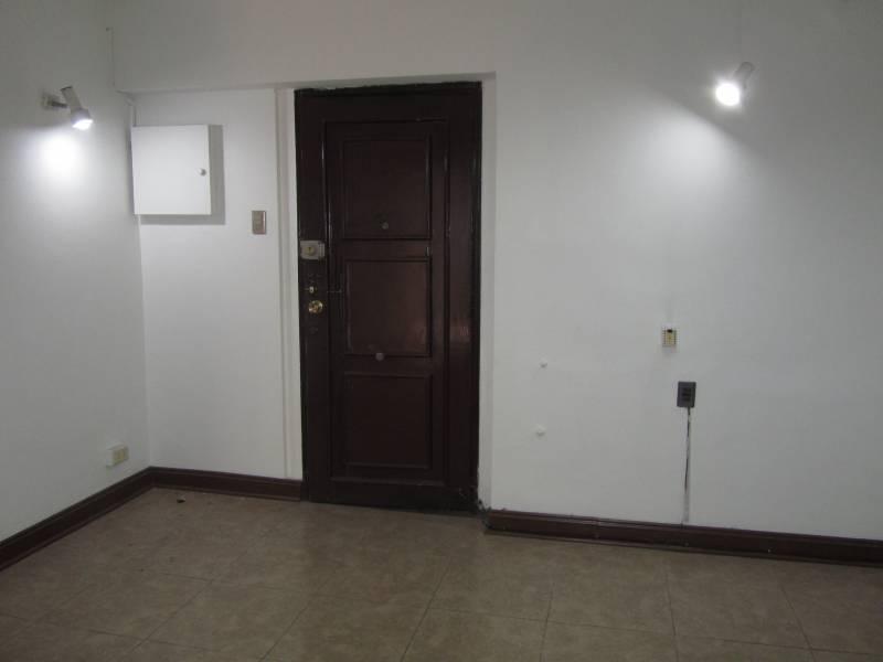 Oficina excelente ubicación en centro de Santiago