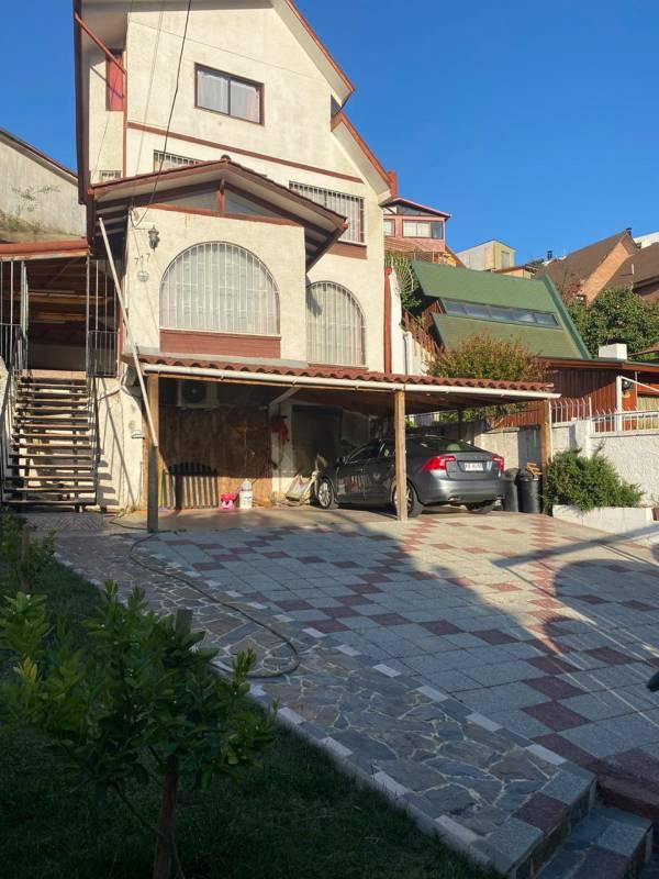 Hermosa Casa en Venta con muy buena ubicación