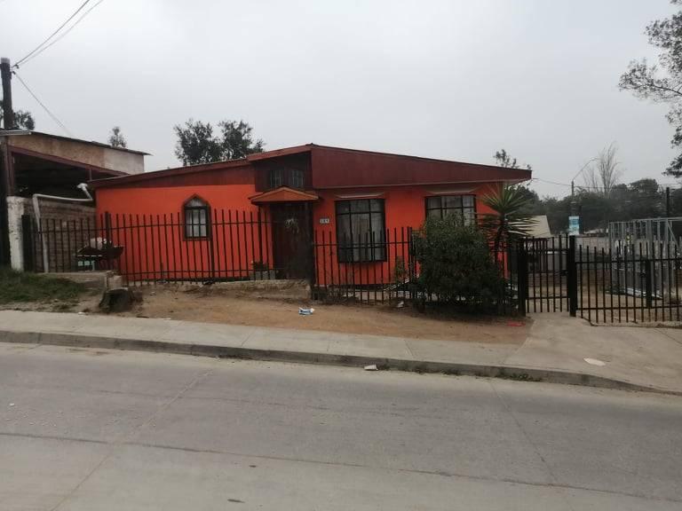 Se vende casa en Ramon Angel Jara, Quilpué. $ 69.000.000.-