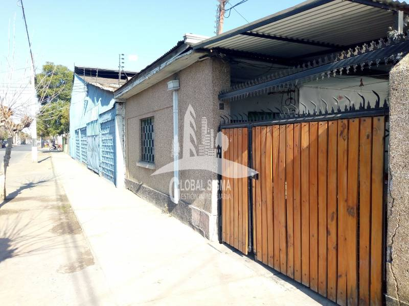 VENTA DE CASA 4D / 2B / ESTAC. SAN RAMÓN