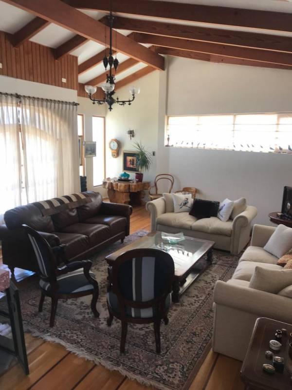 Hermosa, Elegante y exclusiva casa salida norte de Copiapó