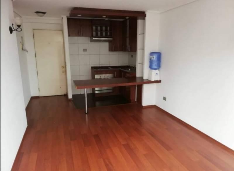 Excelente departamento en Santa Isabel esquina Lira 2D 2B