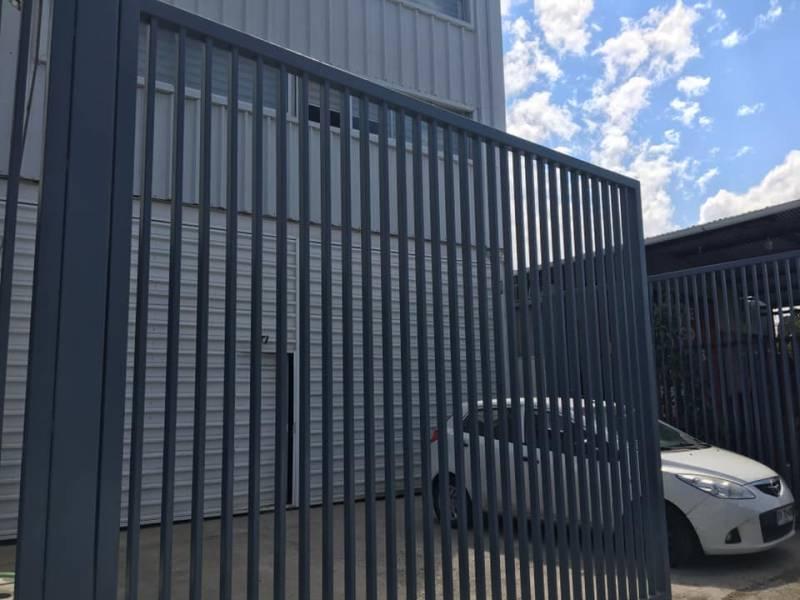 De vende amplia construcción oficinas y loc comercial, Talca