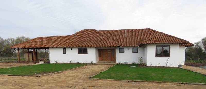 HERMOSA CASA NUEVA CON PISCINA, SAN CLEMENTE, TALCA