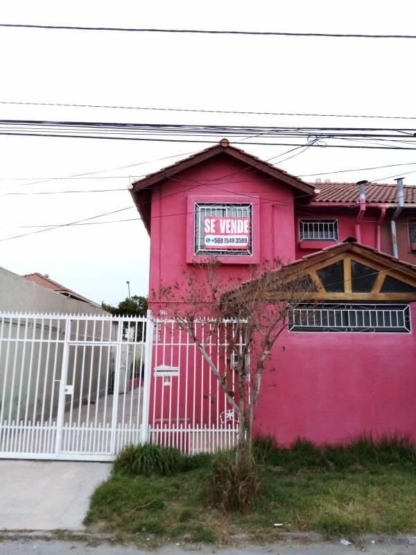 AMPLIA CASA DE 2 PISOS EN LOS BOSQUINOS