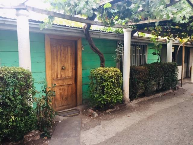 Casa- Local Comercial.