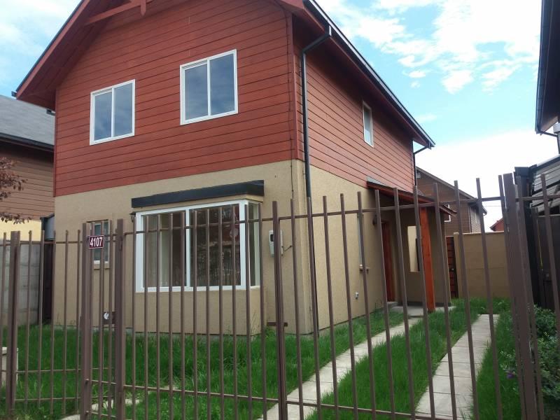 Se vende casa nueva en Valles del Country