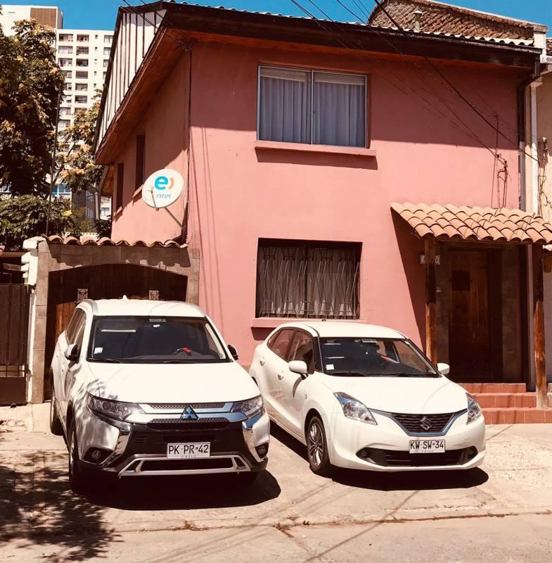 Casa remodelada en barrio consolidado