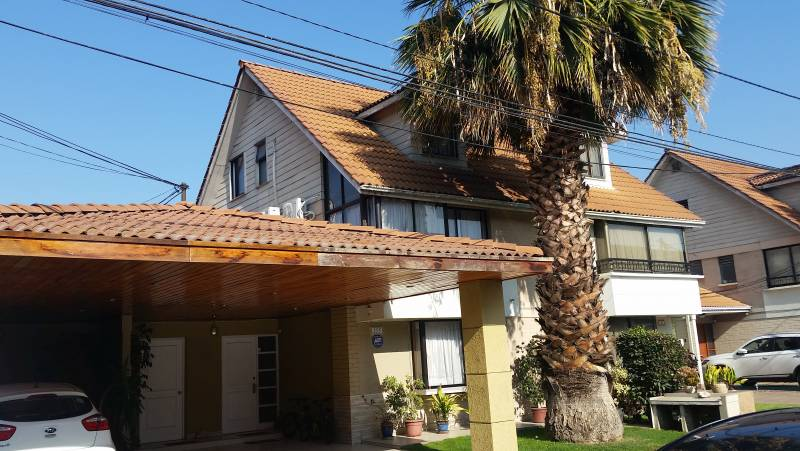 Hermosa Casa Condominio Doña Ines, Maipu