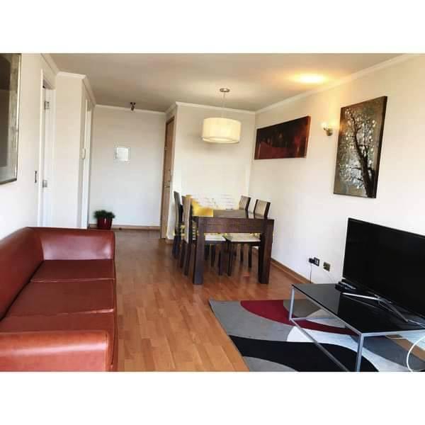 Moderno, central,  acogedor departamento de tres dormitorios