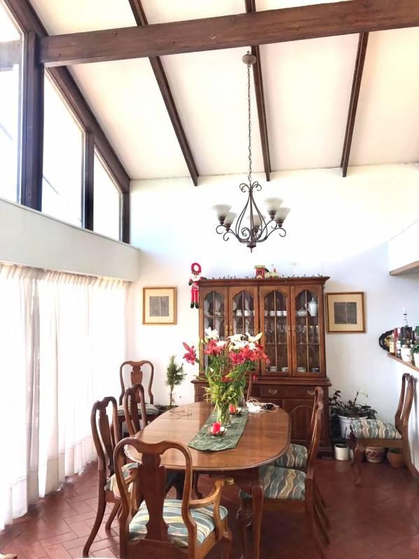 Bonita Casa en Recreo, Viña del Mar 5 dormitorios