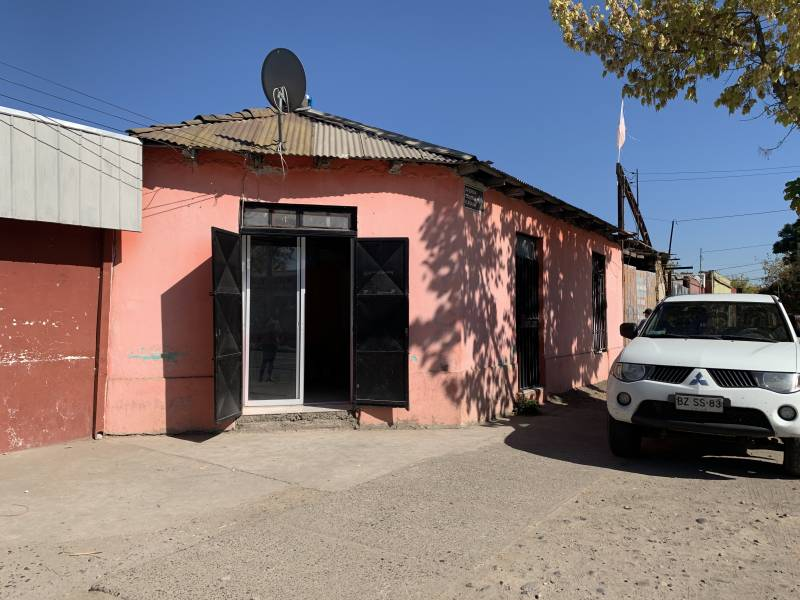 CASA EN TERRENO DE 950 MT2 MUY CENTRAL EN TALCA!!
