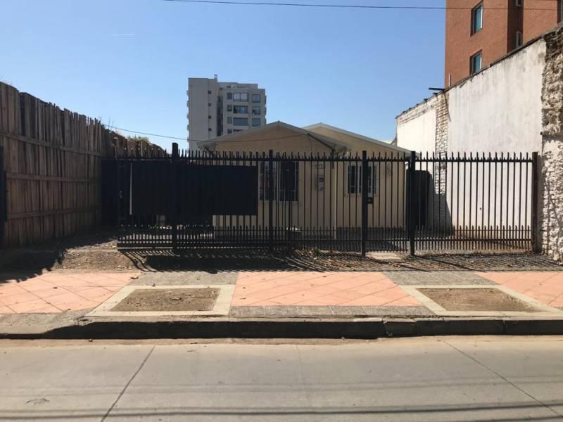 GRAN OPORTUNIDAD !!CASA COMERCIAL EN ARRIENDO