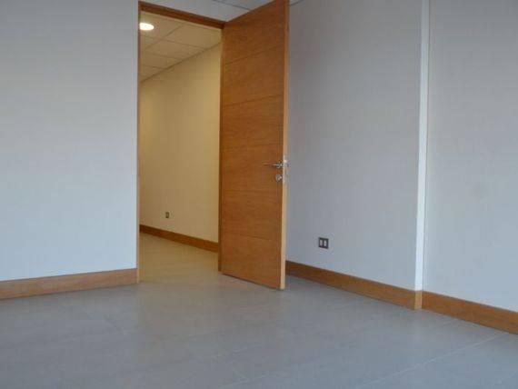 Moderna oficina para dentista, en pleno centro de Curico