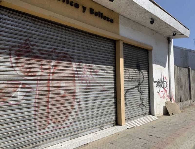 AMPLIO LOCAL COMERCIAL EN ARGOMEDO CURICO ..