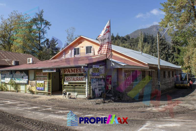 EXCELENTE PROPIEDAD COMERCIAL, VARIOS RUBROS, LOS QUEÑES