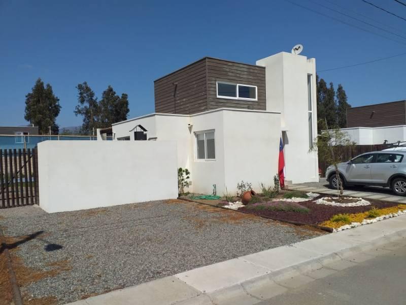 (394 V) Limache, Av. Eastman, Casa.