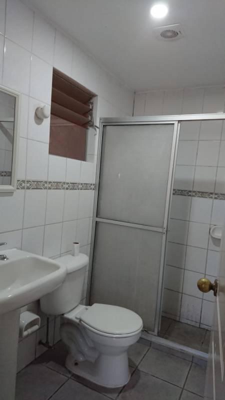 (208 A) QUILLOTA, EL SENDERO, CASA