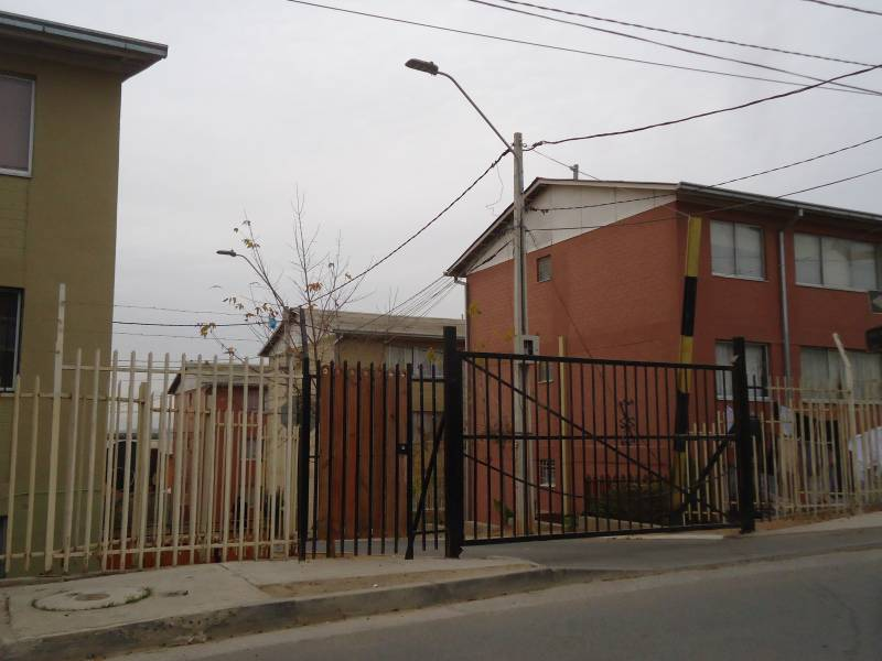 DEPARTAMENTO PRIMER PISO CONDOMINIO EN HUANHUALI