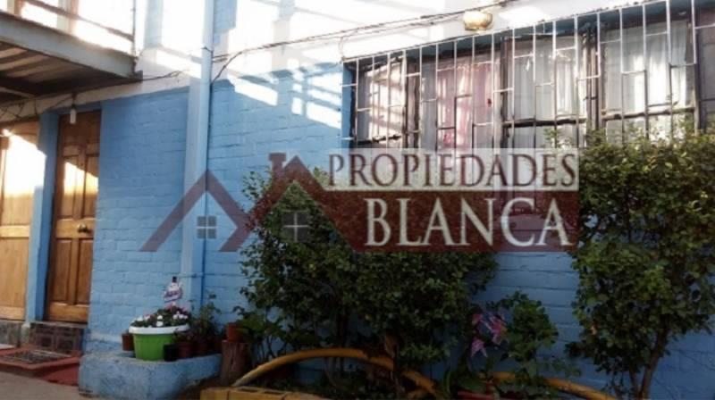 DEPARTAMENTO PRIMER PISO EN MIRDOR DE REÑACA