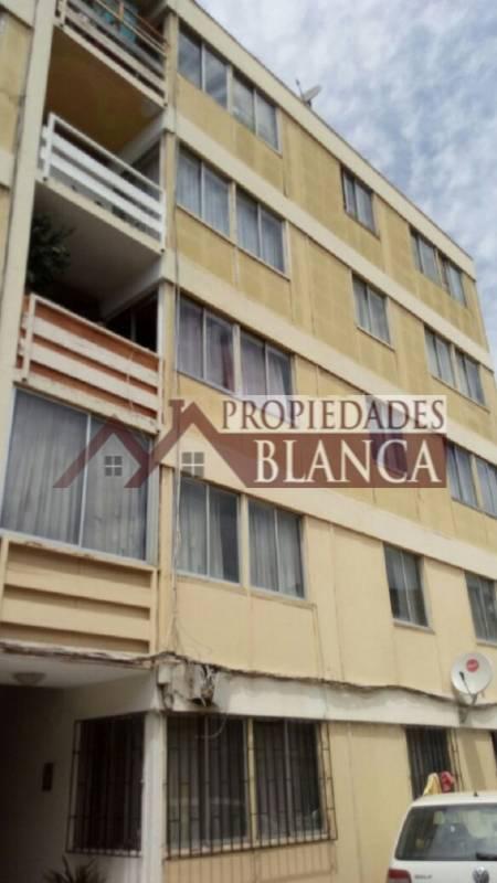 DEPARTAMENTO QUINTO PISO A PASOS DE ESTACION HOSPITAL.