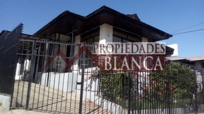 CASA  INDEPENDIENTE DE UN PISO, A CUADRAS CENTRO DE QUILPUE