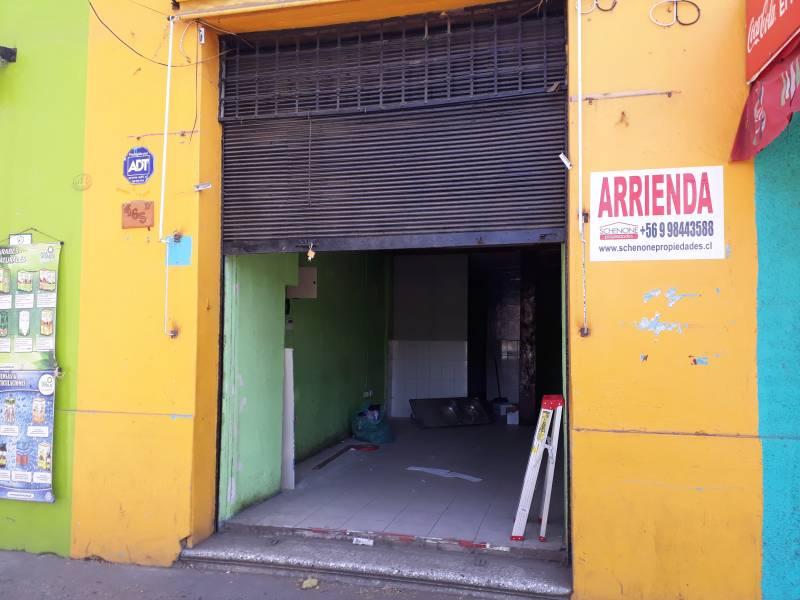 Atractivo local en barrio comercial Brasil